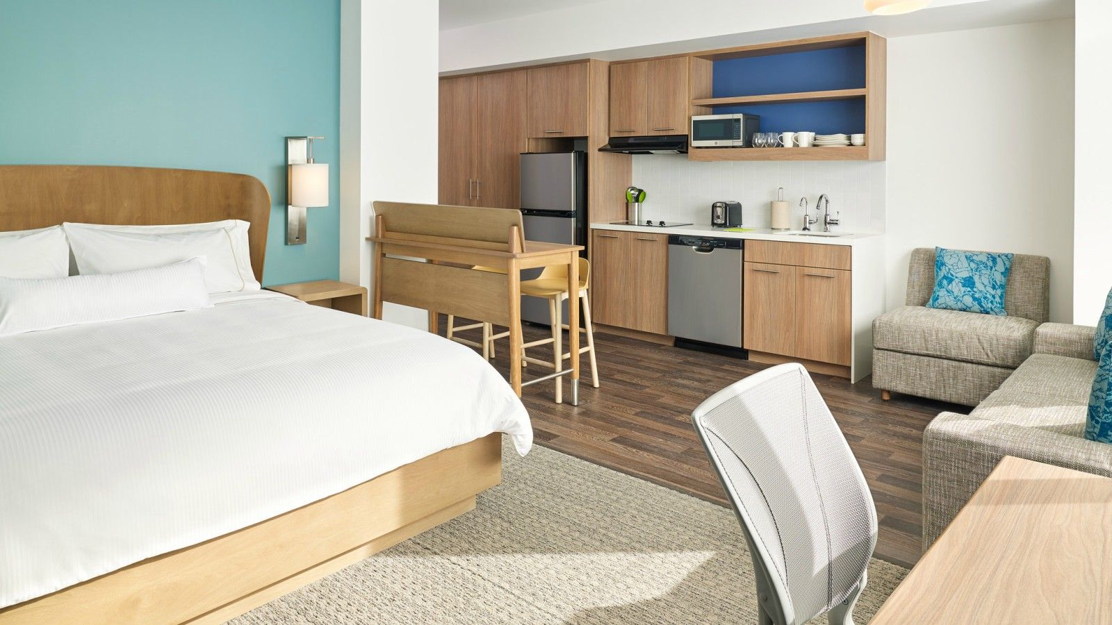 Calgary Airport extended stay hotel